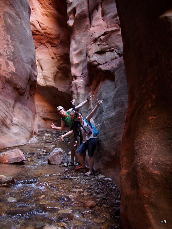 Hiking to Kanarra Falls